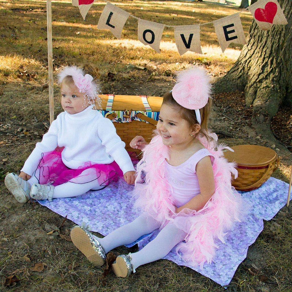tea party feather love station